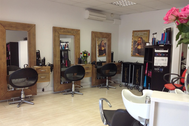 Retail premises for sale in Hair Salons DN10, Bawtry, South Yorkshire