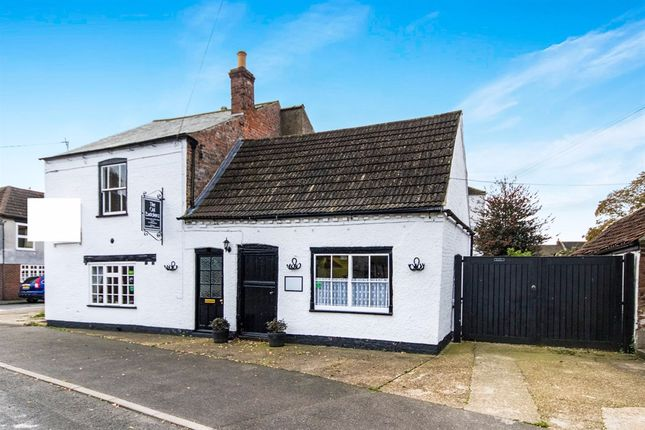 Thumbnail Semi-detached house for sale in Victoria Street, Billinghay, Lincoln