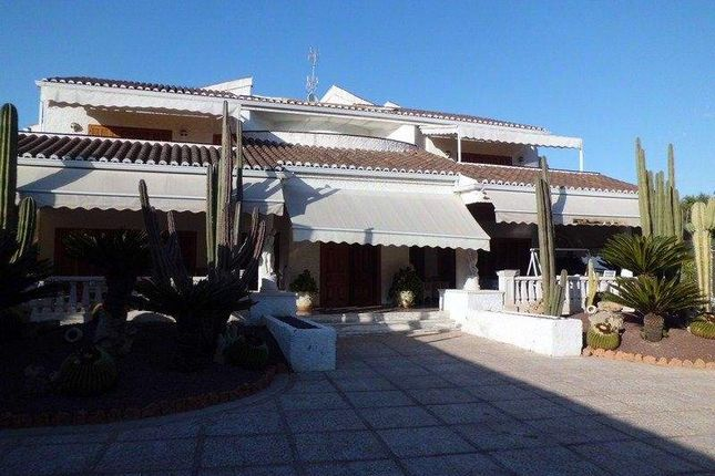 Thumbnail Villa for sale in Elche/Elx Carrus, 03201 Elche, Alicante, Spain