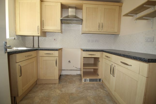 Thumbnail Semi-detached house to rent in Campbell Close, Nottingham