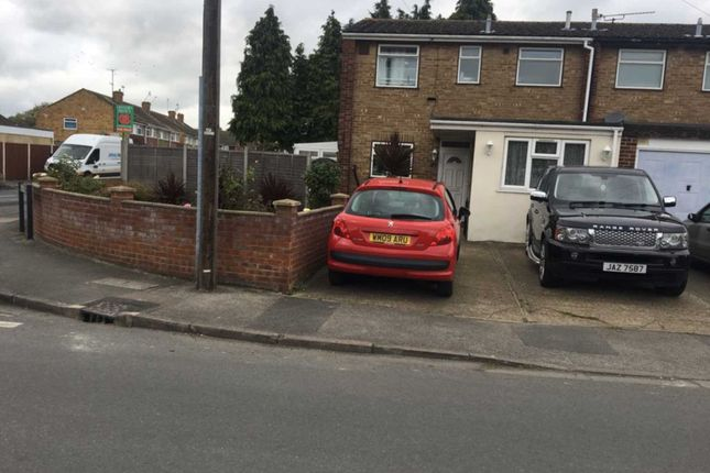 Thumbnail Property to rent in Hithermoor Road, Staines