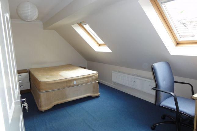 3 Rd Floor Bedroom