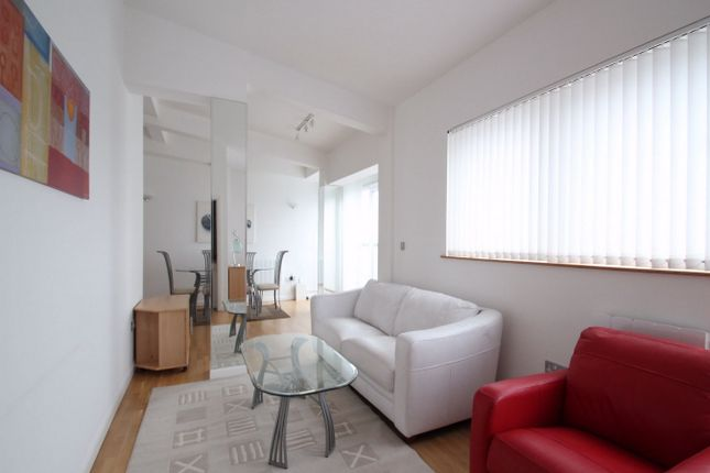 Thumbnail Flat to rent in Greens End, London