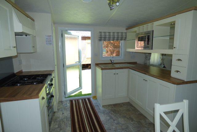 Modern Kitchen of Slaggyford, Brampton CA8