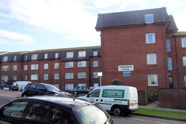Thumbnail Flat to rent in Longridge Avenue, Saltdean, East Sussex