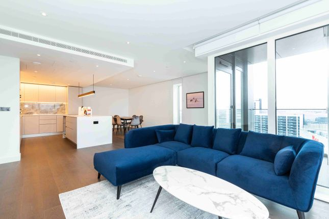 Thumbnail Flat to rent in Fountain Park Way, London, Greater London