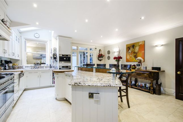 Thumbnail Semi-detached house for sale in Coalecroft Road, London