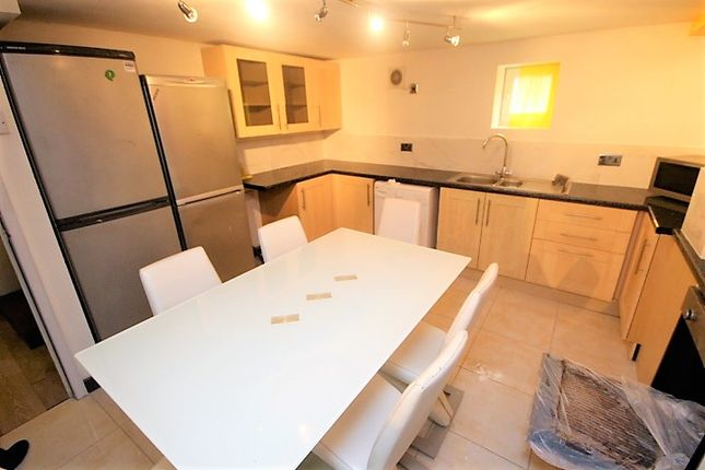 Thumbnail Terraced house to rent in Delph Mount, Woodhouse, Leeds