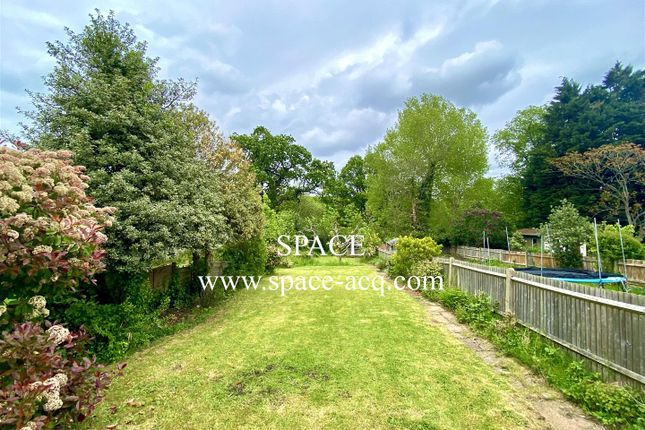 Thumbnail Semi-detached house to rent in Seafield Road, London