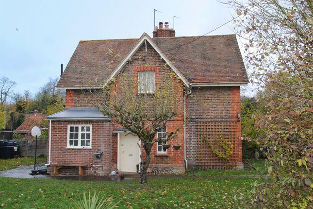 Thumbnail Terraced house to rent in Blenheim Road, Shirburn, Watlington