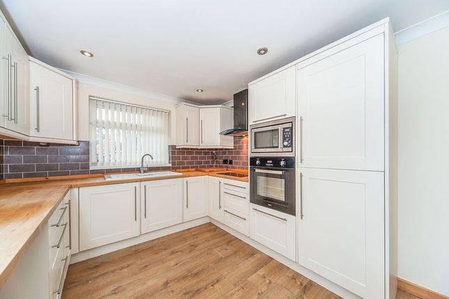 Thumbnail Bungalow for sale in Astral Way, Hull