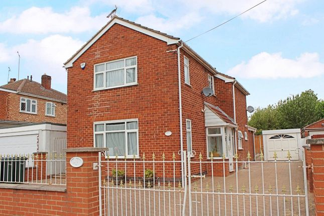 Thumbnail Detached house for sale in Fenside Avenue, Styvechale, Coventry