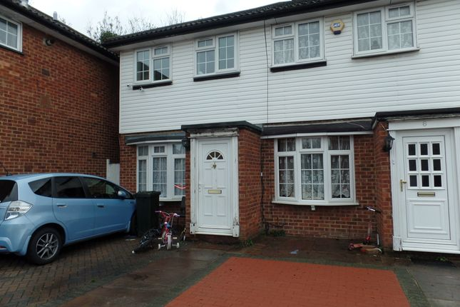 Thumbnail Terraced house to rent in Woodhouse Close, Hayes