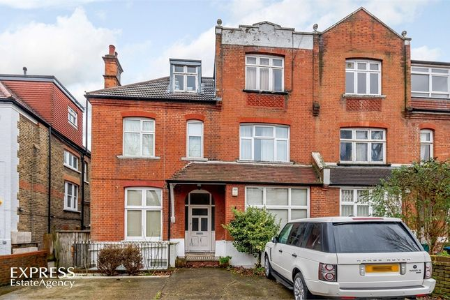 Thumbnail Flat for sale in Chatsworth Road, London, London