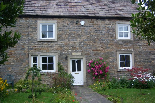 Thumbnail Semi-detached house to rent in Redmire, Leyburn