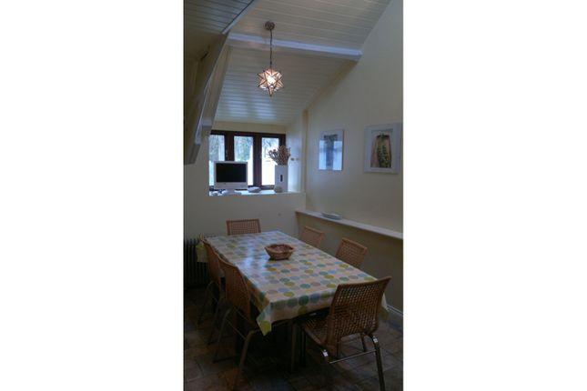 Dining Area of Albert Terrace, Lostwithiel PL22