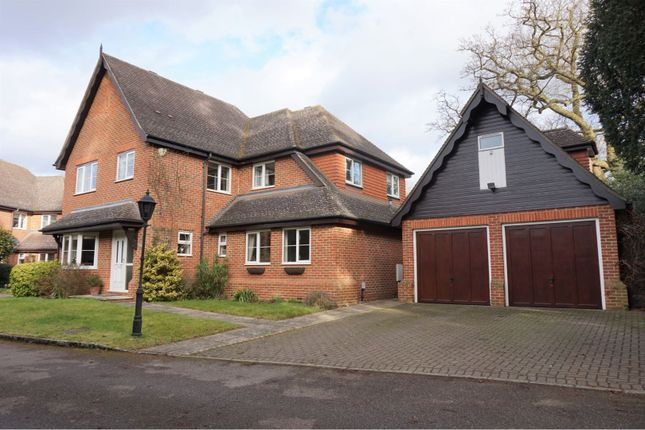 Thumbnail Detached house for sale in Old Parvis Road, West Byfleet