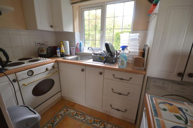 Kitchen of Whatlington Road, Whatlington, Battle TN33