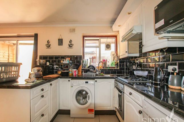 Thumbnail Property to rent in Westbury Avenue, Southall, Middlesex