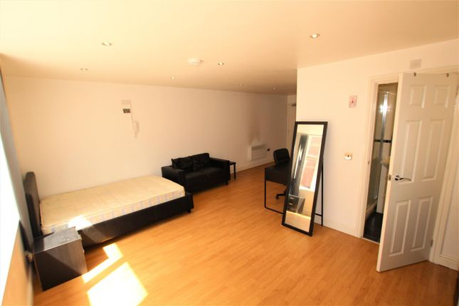 Bedroom of York Road, Leicester LE1