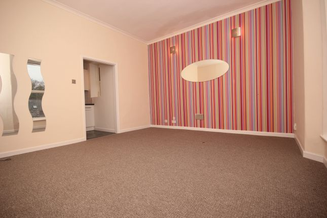 Thumbnail Flat to rent in Mannamead Road, Hartley, Plymouth