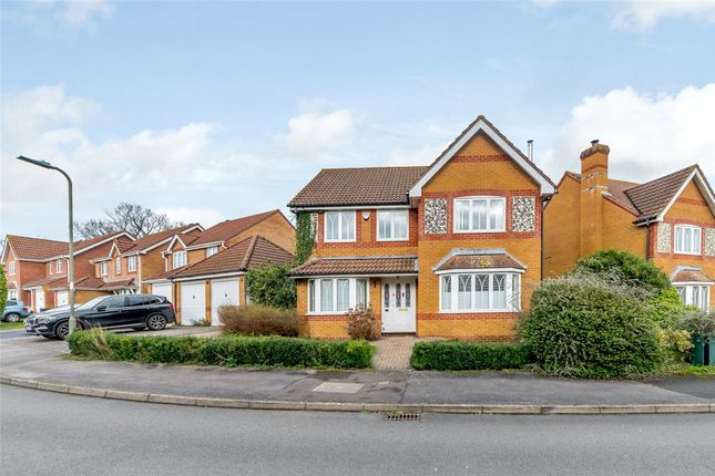 Picture No. 03 of Harebell Drive, Thatcham, Berkshire RG18