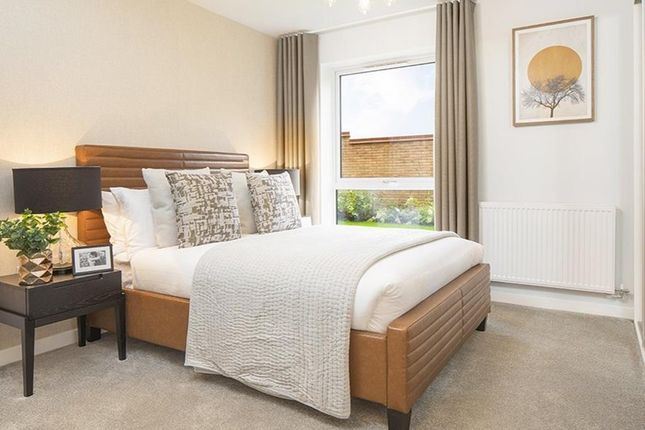 "Flat for sale in ""Pointelle House"" at Hackbridge Road, Wallington"