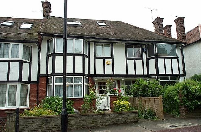 Thumbnail Terraced house to rent in Princes Avenue, Acton, London