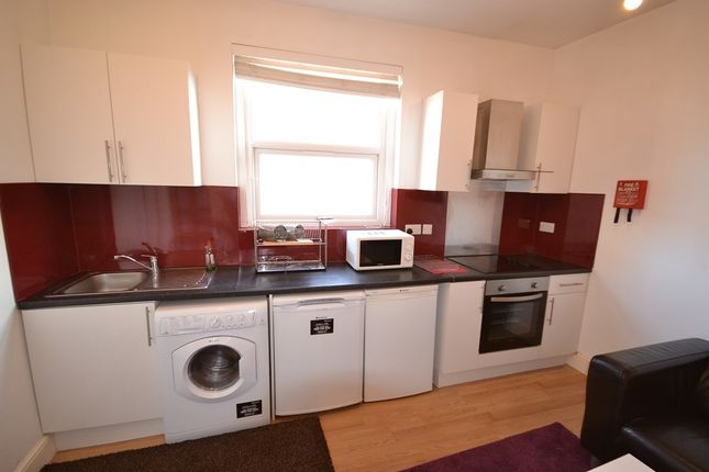 Flat to rent in Queen Victoria Road, Coventry