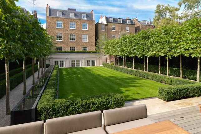 Thumbnail Property for sale in Hamilton Terrace, London