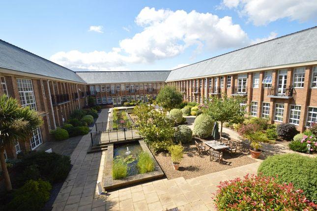 2 bed flat to rent in The Water Gardens, De Havilland Drive, Bucks HP15