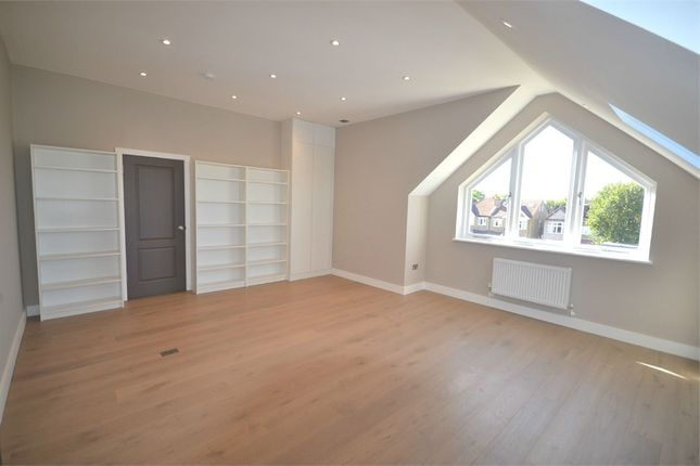 Thumbnail Flat to rent in Woodfield Road, Ealing, London