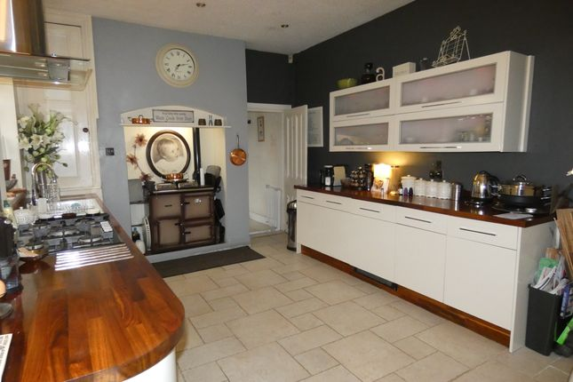 Thumbnail Terraced house for sale in Shaw Road, Royton, Oldham
