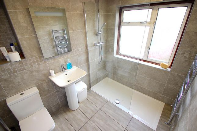 Shower Room of Kingswood Avenue, Western Park, Leicester LE3