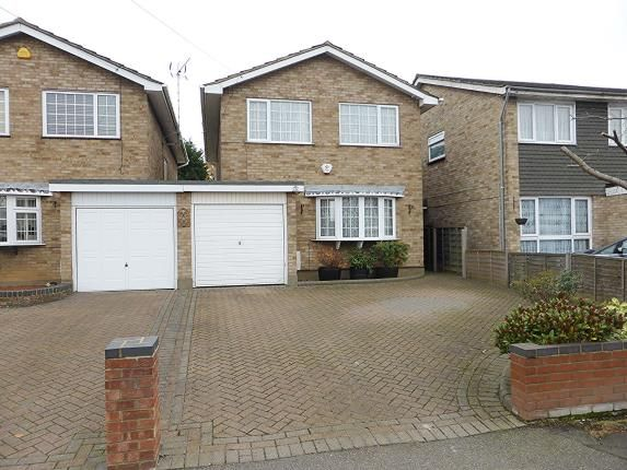 Thumbnail Detached house for sale in Benfleet, Essex, .