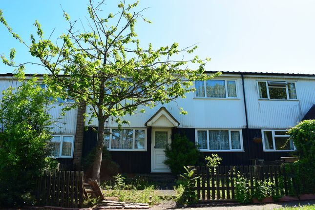 Thumbnail Terraced house to rent in Sandage Road, Lane End, High Wycombe