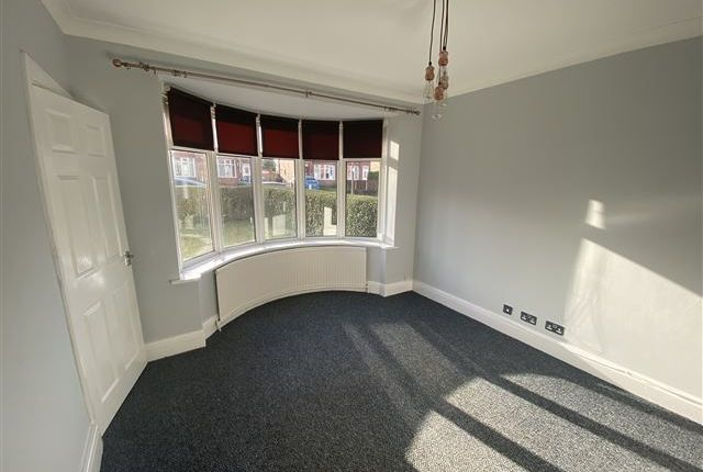 Living Room of Seymore Road, Aston, Sheffield, Rotherham S26