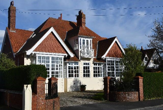 Thumbnail Detached house for sale in Hackensall Road, Knott End On Sea