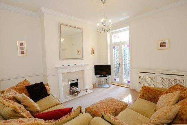 Thumbnail Detached house to rent in Wellington Road North, Stockport