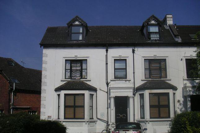 Studio to rent in Ashley Road, Epsom