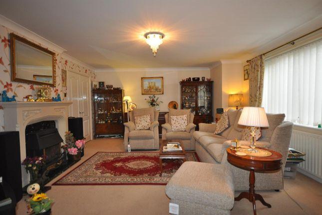Lounge of Beacon Hill Road, Newark NG24