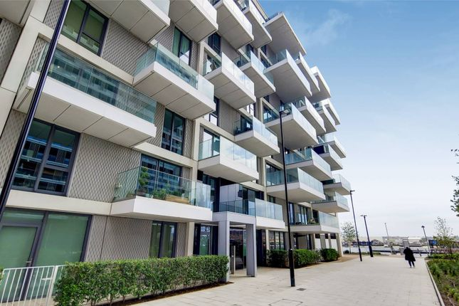 Thumbnail Property to rent in Bonnet Street, Royal Docks, London