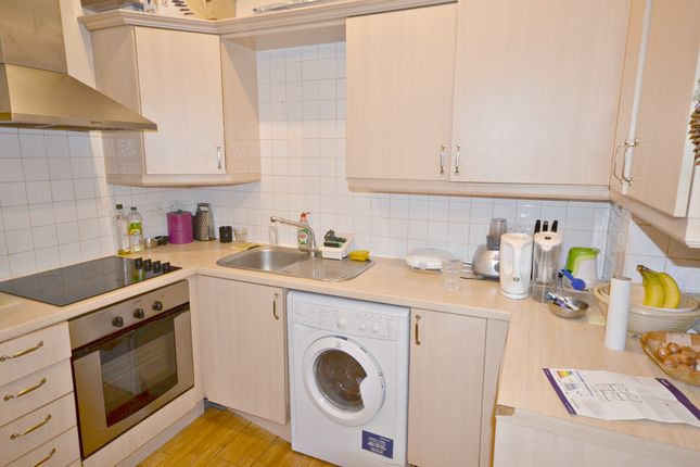 Thumbnail Property to rent in Upton Park, Slough