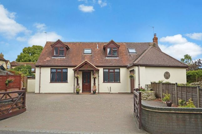 Thumbnail Detached bungalow for sale in Thame Road, Long Crendon, Aylesbury