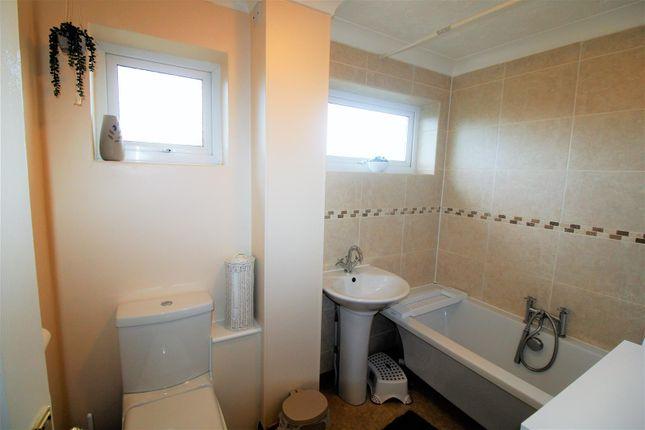 Bathroom of White Sedge, King's Lynn PE30