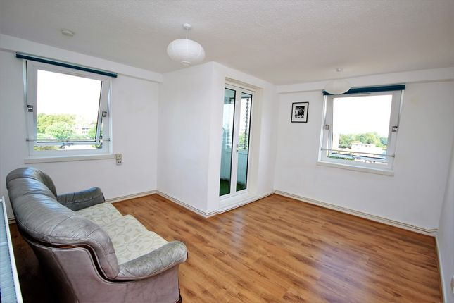 Thumbnail Flat to rent in Mace Street, Bethnal Green