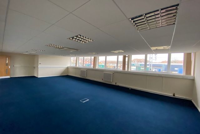 Thumbnail Office to let in Unit 42&48 Claydon Business Park, Ipswich