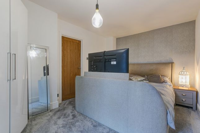 Master Bedroom of Greenlands Avenue, Greenlands, Redditch B98
