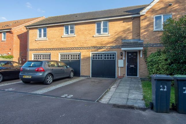2 bed flat to rent in Ireland Avenue, Beeston, Nottingham NG9