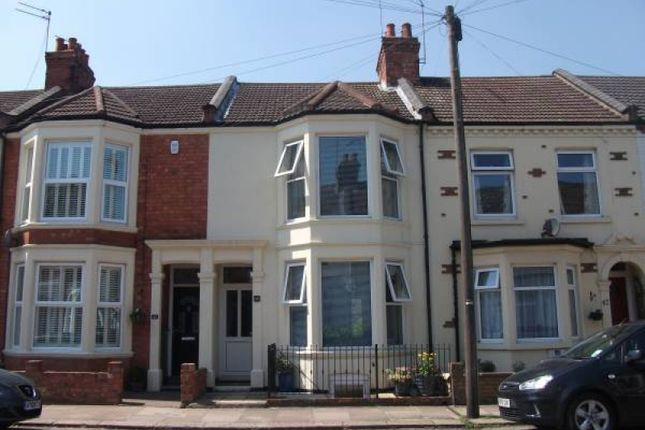 3 bed terraced house to rent in Lutterworth Road, Abington, Northampton NN1